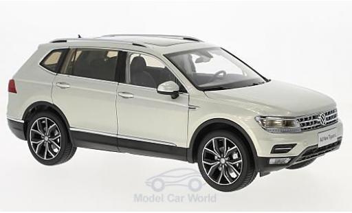 Volkswagen Tiguan 1/18 Paudi L grise 2017 miniature