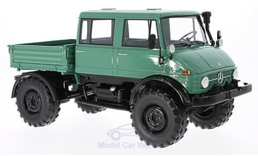 Mercedes Unimog 1/18 Premium ClassiXXs 416 DoKa green/black 1975 diecast model cars