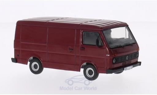 Volkswagen LT28 1/43 Premium ClassiXXs dunkelrouge Kasten miniature