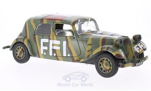 Citroen Traction 11 1/18 Solido CV F.F.I. 1944 coche miniatura