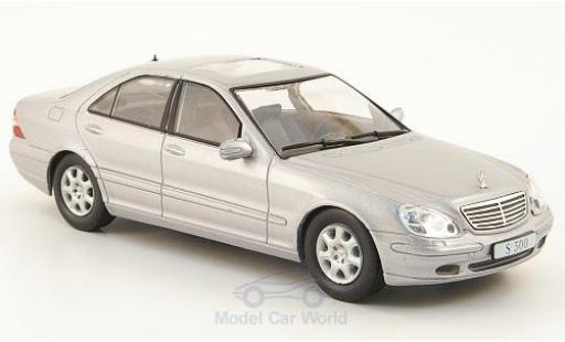 Mercedes S500 1/43 SpecialC 16 (W220) grey 1998 ohne Vitrine diecast model cars
