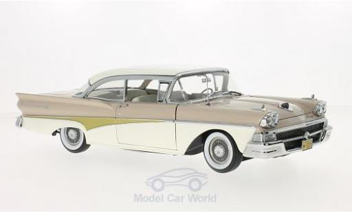 Ford Fairline 1/18 Sun Star 500 HardTop beige/blanche miniature