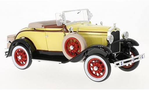 Ford Model A 1/18 Sun Star Roadster jaune/noire 1931 miniature