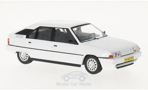 Citroen BX 1/43 Triple 9 Collection 16 TRS blanche 1983 miniature