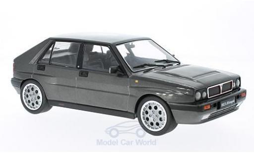 Lancia Delta 1/18 Triple 9 Collection HF Integrale 16V metallise grise 1990 ohne Vitrine miniature