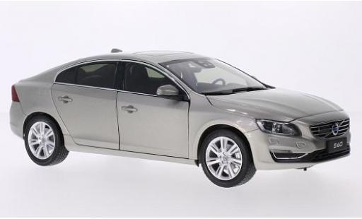 Volvo S60 1/18 Ultimate Diecast metallise beige 2015 miniature