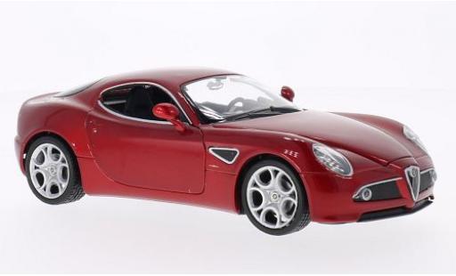 Alfa Romeo 8C 1/24 Welly Competizione metallise red diecast model cars