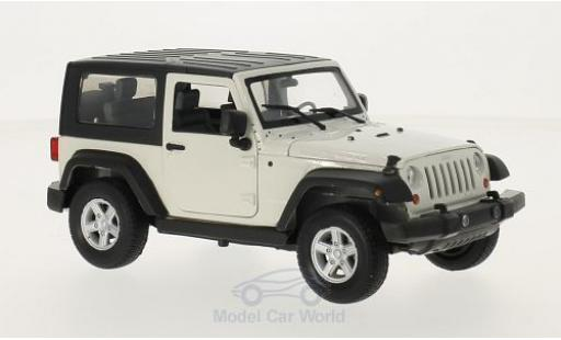 Jeep Wrangler 1/24 Welly blanche/noire 2007 miniature