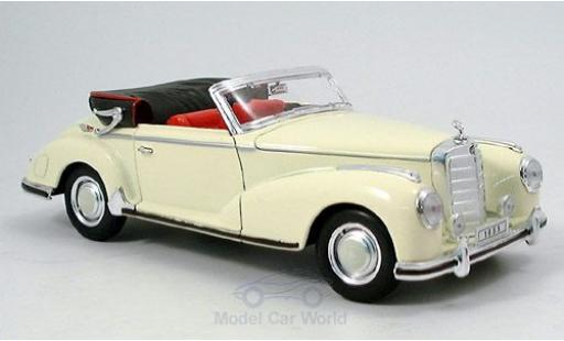 Mercedes 300 1/18 Welly S Cabriolet beige 1955 miniature