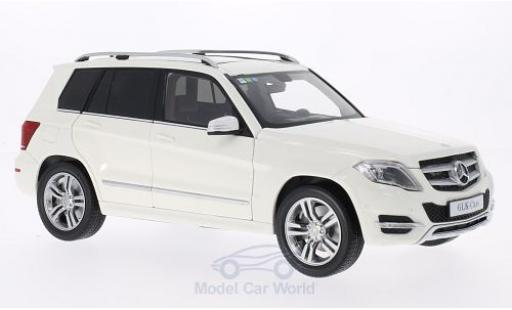 Mercedes Classe GLK 1/18 Welly blanche 2013 GTA Edition
