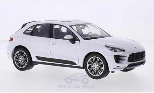 Porsche Macan 1/24 Welly Turbo blanche miniature