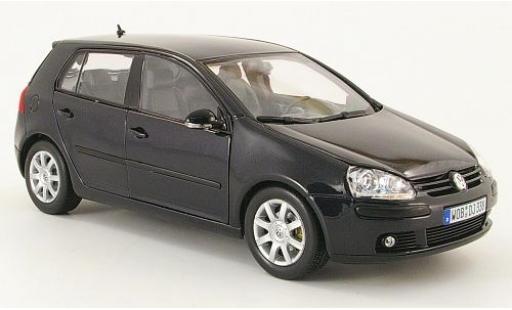 Volkswagen Golf 1/18 Welly V metallise noire sans Vitrine miniature