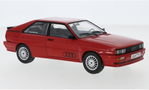 Audi Quattro 1/24 WhiteBox quattro rouge 1980 miniature
