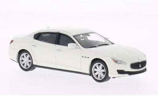 Maserati Quattroporte 1/43 WhiteBox GTS blanche 2013