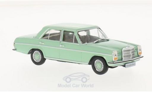 Mercedes 200 1/43 WhiteBox /8 (W115) green 1968 diecast model cars