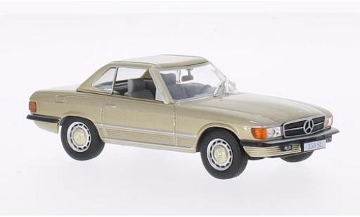 Mercedes 350 1/43 WhiteBox SL (R107) metallise beige 1971 avec Hardtop miniature