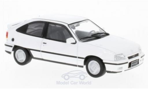 Opel Kadett GSI 1/43 WhiteBox E GSI blanche 1986 miniature