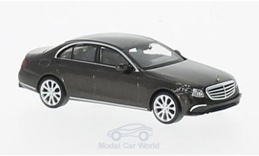 Mercedes Classe E 1/87 Wiking (W213) Exklusive metallise marron miniature