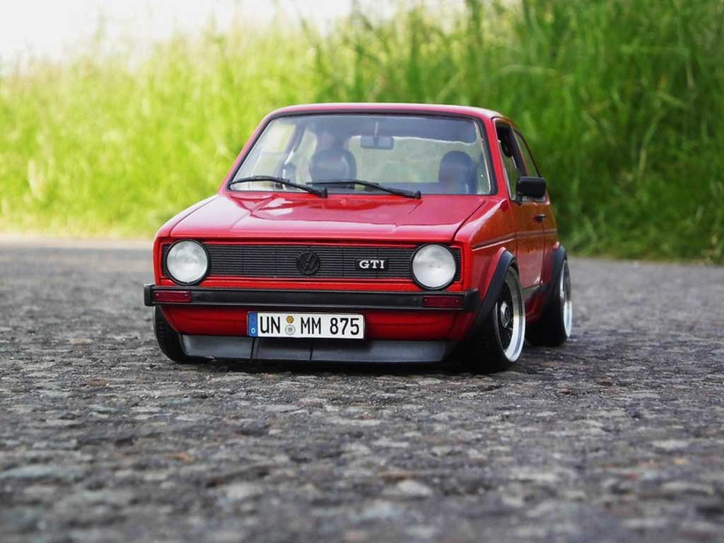 Volkswagen Golf 1 GTI 1/18 Solido rouge jantes BBS alu