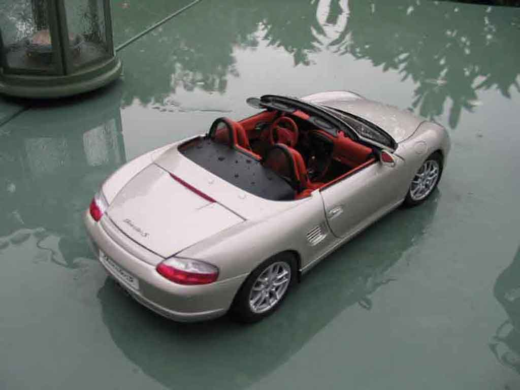 porsche boxster grau autoart modellauto 1 18 kaufen verkauf modellauto online. Black Bedroom Furniture Sets. Home Design Ideas