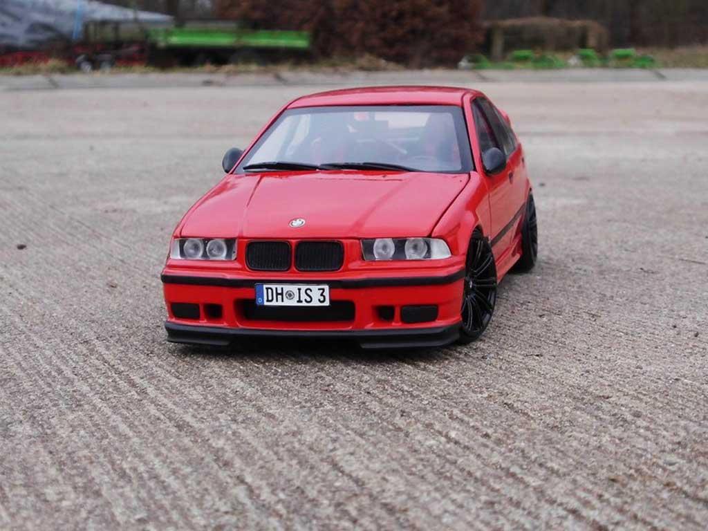 Bmw 318 E36 1/18 Ut Models is red jantes M3 E92 et swap moteur M3