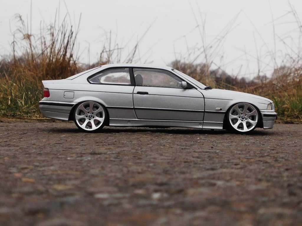 Bmw 325 E36 1/18 Ut Models coupe grey jantes E90
