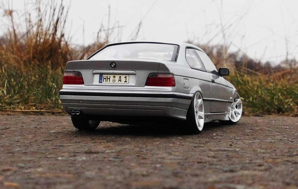 Bmw 325 E36 1/18 Ut Models E36 coupe gray jantes E90