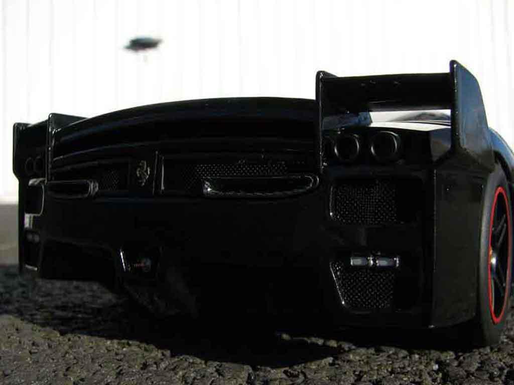 Ferrari Enzo FXX 1/18 Hot Wheels Elite # 30 michael schumacher