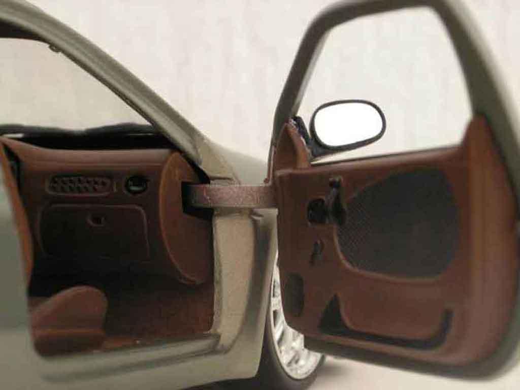 Renault Megane 1/18 Anson Maxi tilleul carbone