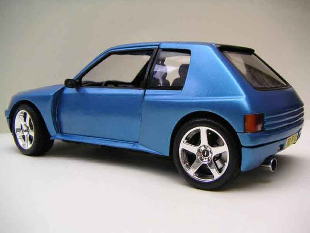 peugeot 205 turbo 16 miniature bleue t16 solido 1 18 voiture. Black Bedroom Furniture Sets. Home Design Ideas