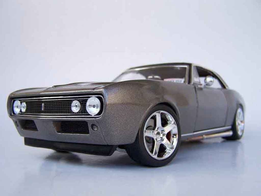Chevrolet Camaro Z28 1/18 Maisto grey 1967 tuning diecast model cars