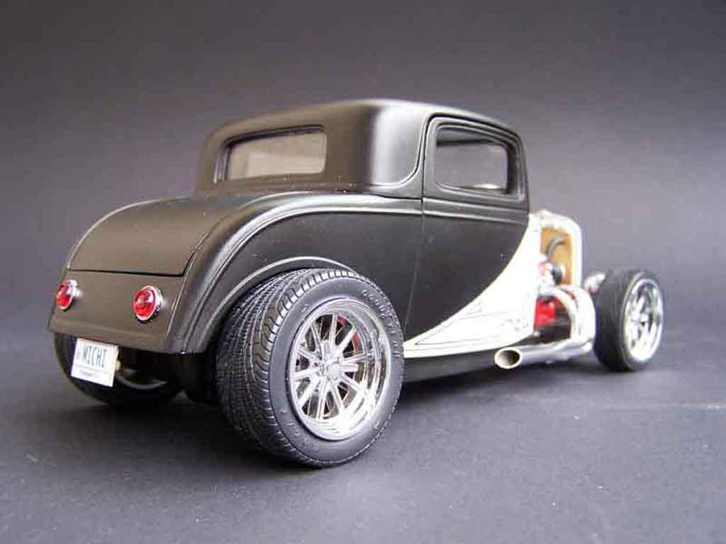 Ford 1932 1/18 Yat Ming street rod