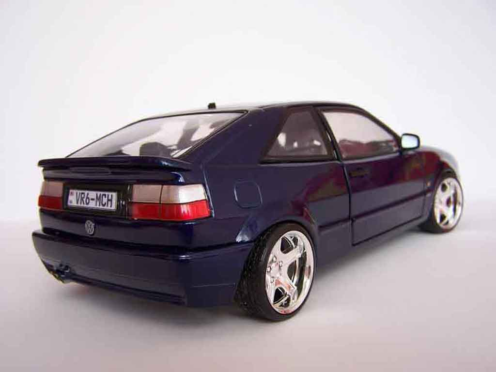 Voiture de collection Volkswagen Corrado VR6 jantes bords larges tuning Revell. Volkswagen Corrado VR6 jantes bords larges German Look miniature 1/18