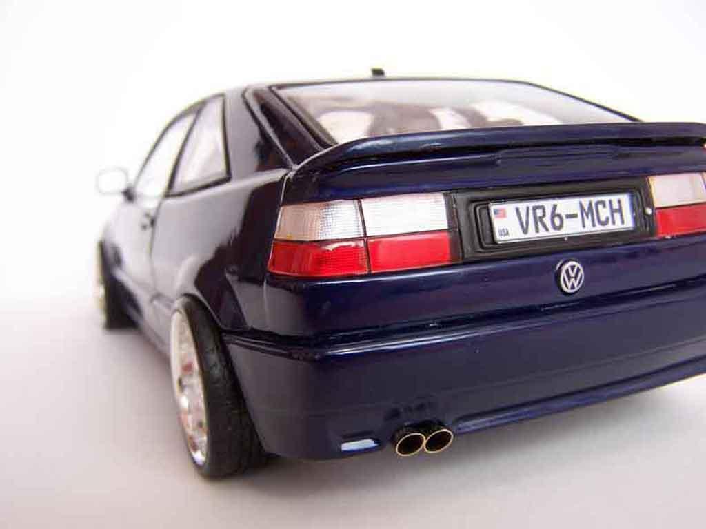 Volkswagen Corrado VR6 jantes bords larges tuning Revell. Volkswagen Corrado VR6 jantes bords larges German Look miniature modèle réduit 1/18