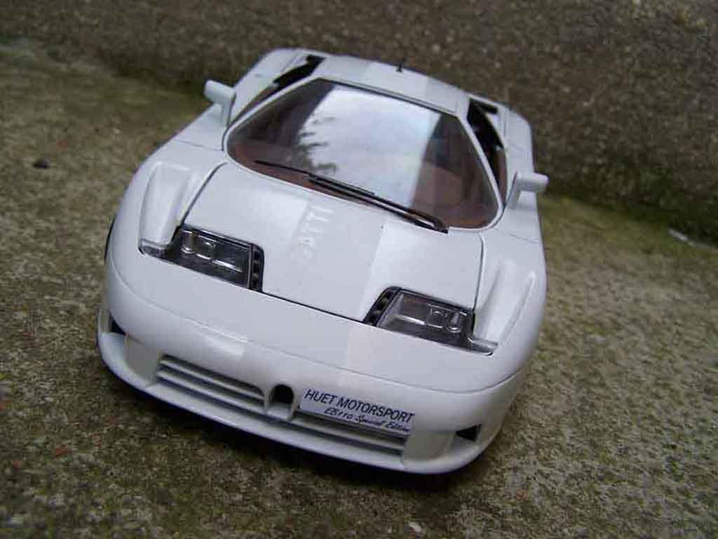 Bugatti EB110 1/18 Burago special edition tuning miniature