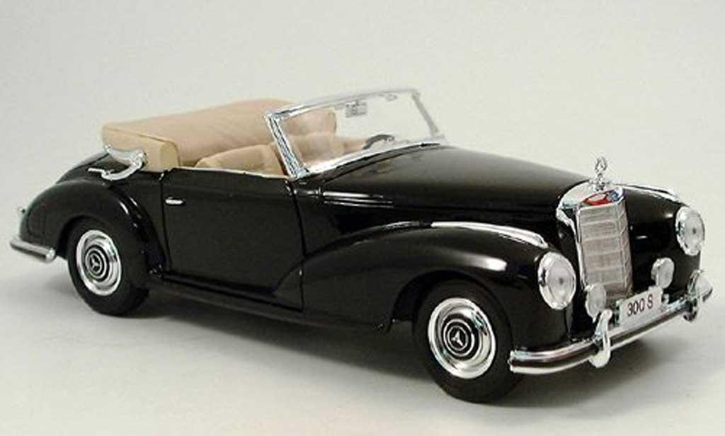 Mercedes 300 S 1/18 Norev noire 1955 miniature