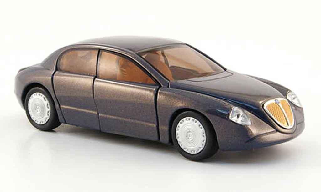 Lancia Dialogos 1/43 Solido 1999 diecast model cars