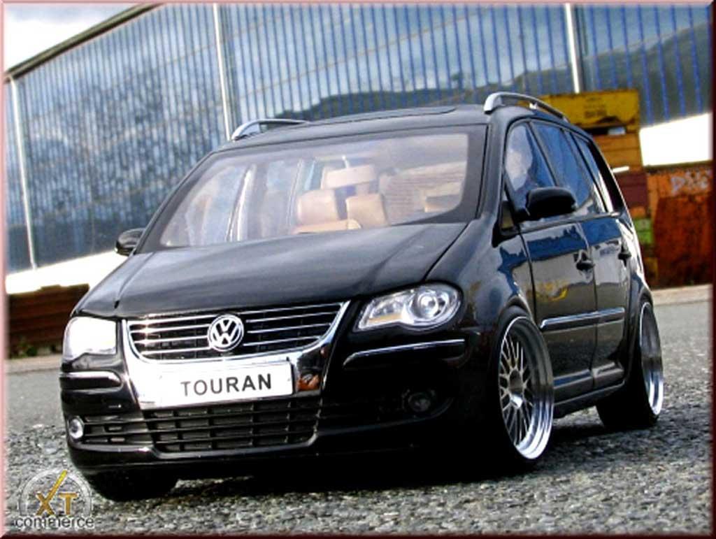 Volkswagen Touran 1/18 Shanghai Volkswagen black jantes alu 18 pouces