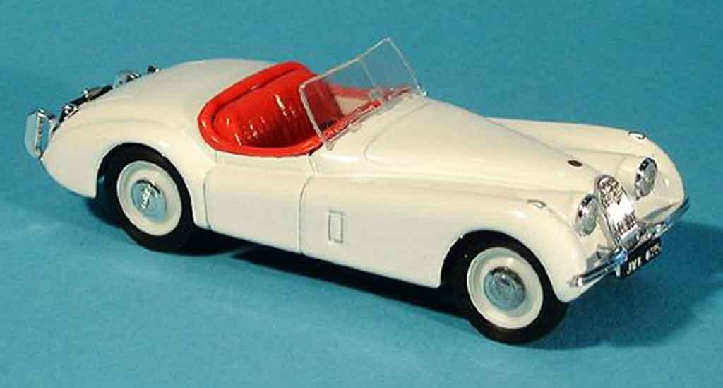 jaguar xk 120 spider white offen 1948 brumm diecast model car 1 43 buy sell diecast car on. Black Bedroom Furniture Sets. Home Design Ideas