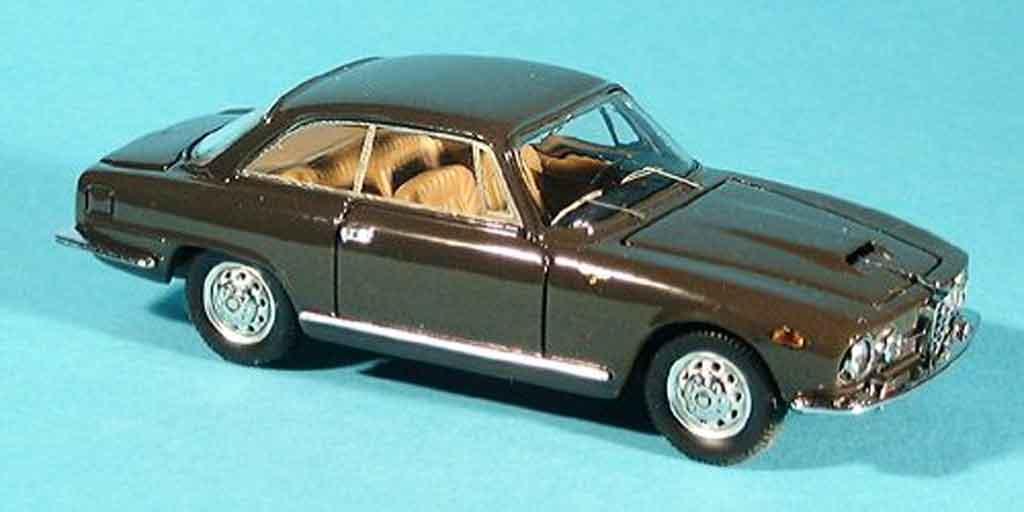 Alfa Romeo 2600 1/43 Bang sprint marron 1962 miniature
