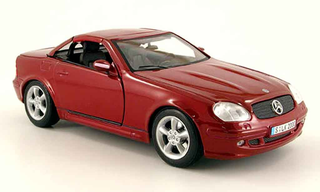 Mercedes Classe SLK 1/18 Maisto hardtop rouge dach zu offnen
