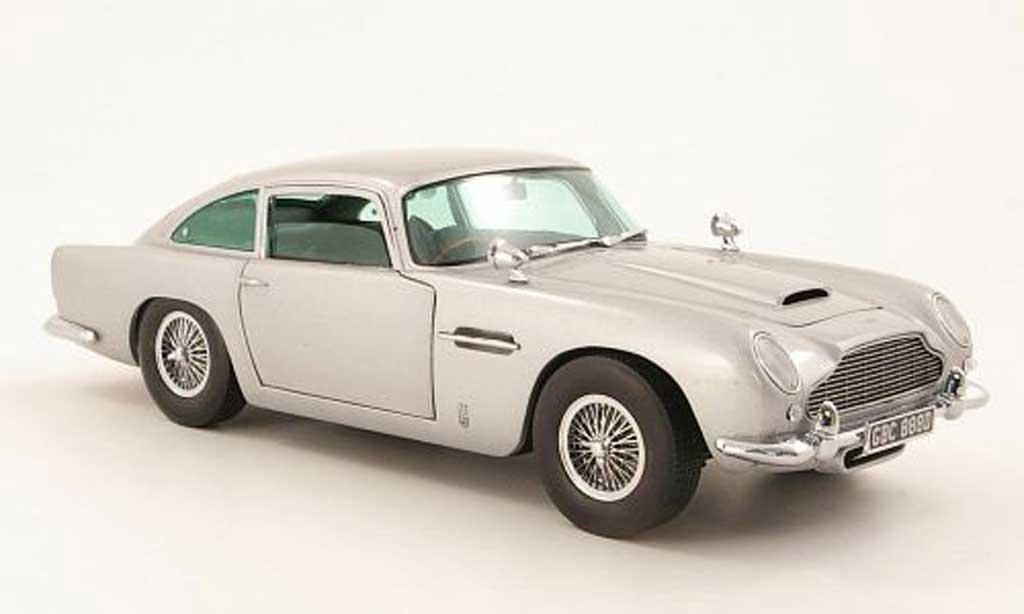 Aston Martin DB5 1/18 Sun Star grise metallisee 1963 miniature