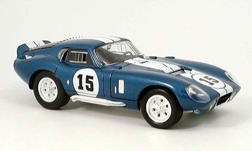 Shelby Cobra Daytona 1/18 Yat Ming Daytona bleu 1965 miniature