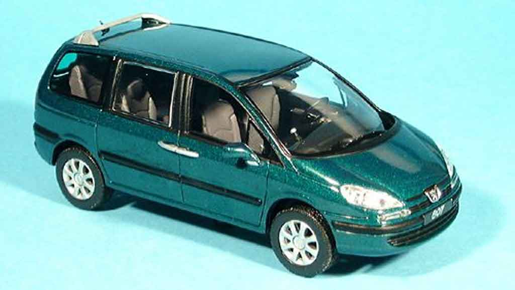 Peugeot 807 1/43 Norev verte 2002