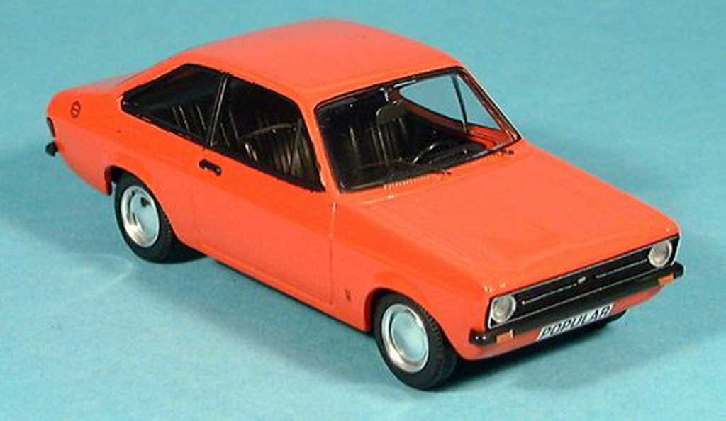 Ford Escort MK2 1/43 Trofeu 1100 Popular rouge miniature