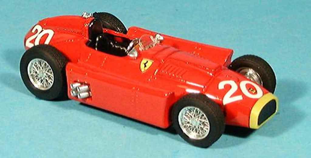 Ferrari D50 1/43 Brumm rouge juan manuel fangio 1956 miniature
