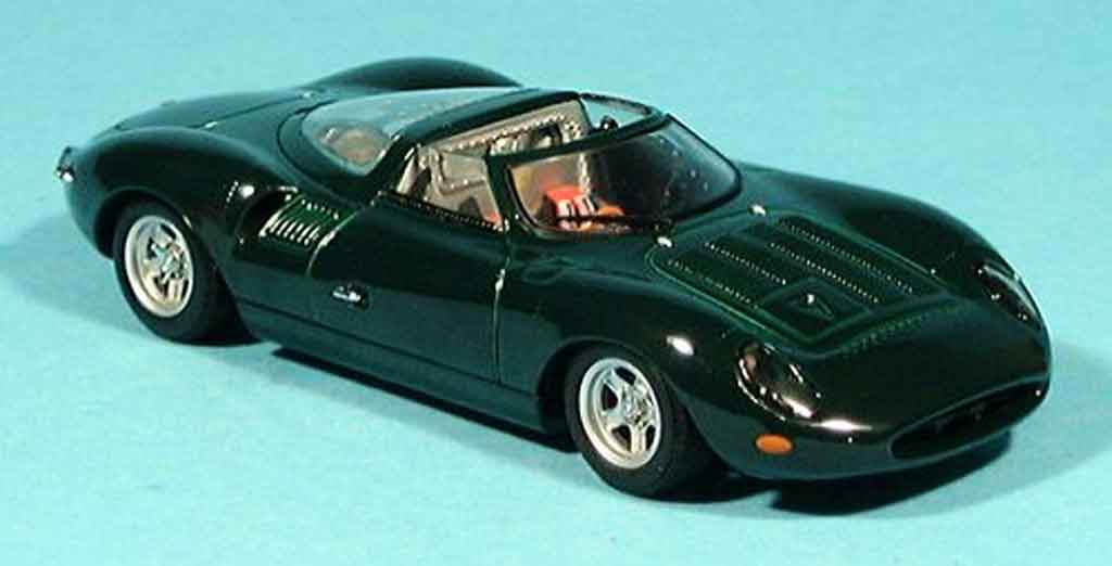 Jaguar Xj 13 Green Autoart Diecast Model Car 1 43 Buy