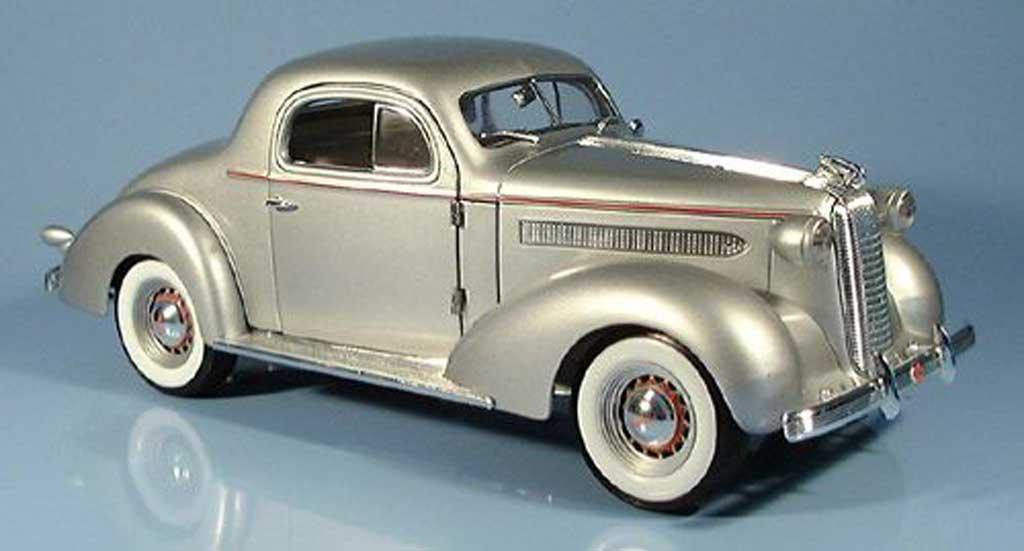 Pontiac De Luxe 1/18 Signature grise 1936 miniature