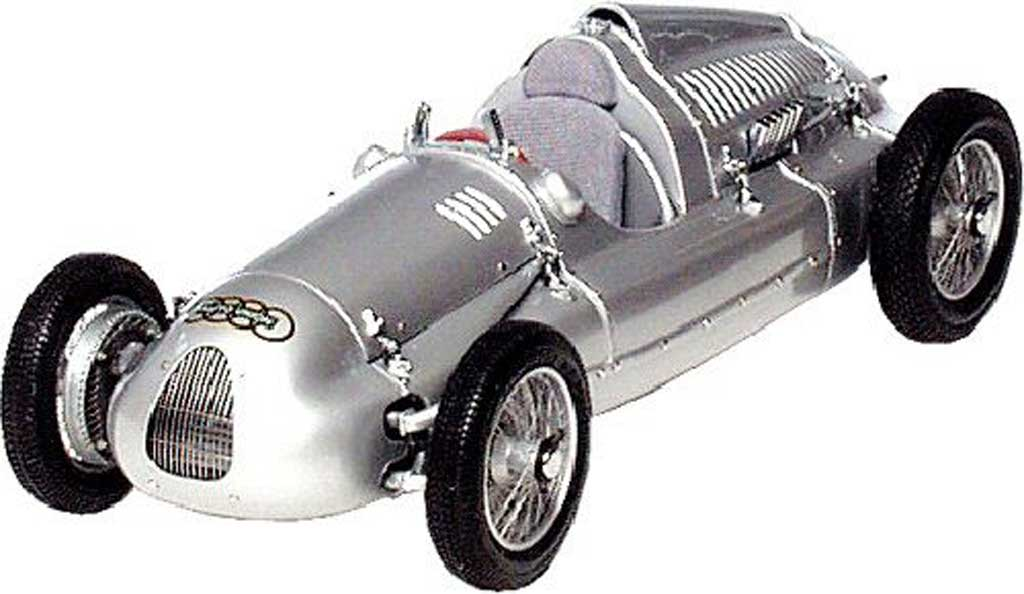 Auto Union Typ D 1/18 CMC 1938 miniature