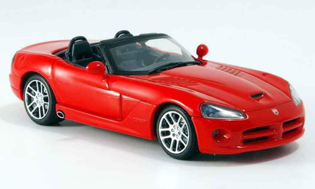 dodge viper srt 10 srt 10 rot 2003 autoart modellauto 1 43. Black Bedroom Furniture Sets. Home Design Ideas